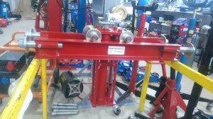 podnośnik kanałowy 12 t hydrauliczny